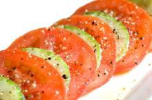 sliced-cucumber-tomato-salad