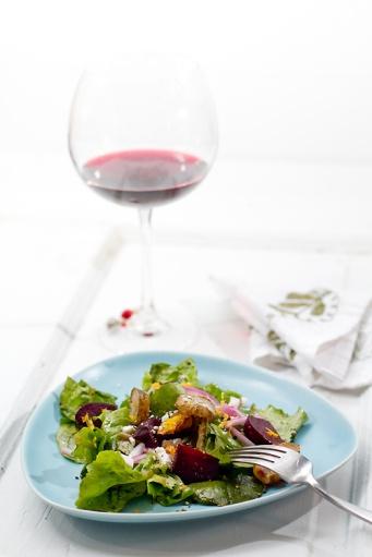 Roasted-Beet-Sunchoke-and-Arugula-Salad-with-Orange-Vinaigrette